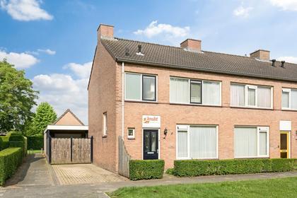 Kerkhoflaan 19 in Nistelrode 5388 AE