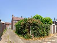 Burgemeester Van De Heijdenstraat 61 in Drunen 5151 HL