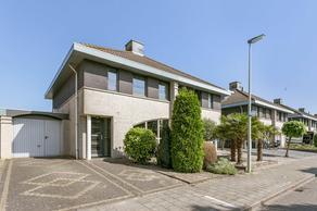 Lemmeraak 3 in Bergen Op Zoom 4617 GK