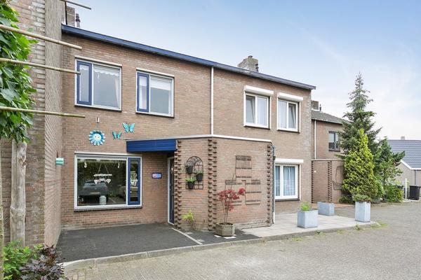 Joostveld 8 in Roosendaal 4702 ZX
