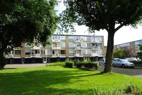 A.M. De Jongstraat 16 in Ridderkerk 2985 TE