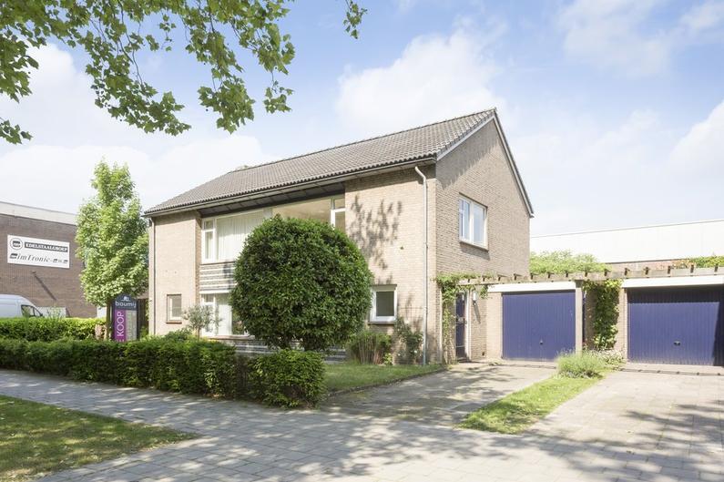 Oude Vlijmenseweg 158 in 'S-Hertogenbosch 5223 GS