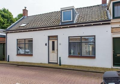 Kerkstraat 34 in Zevenbergen 4761 CB