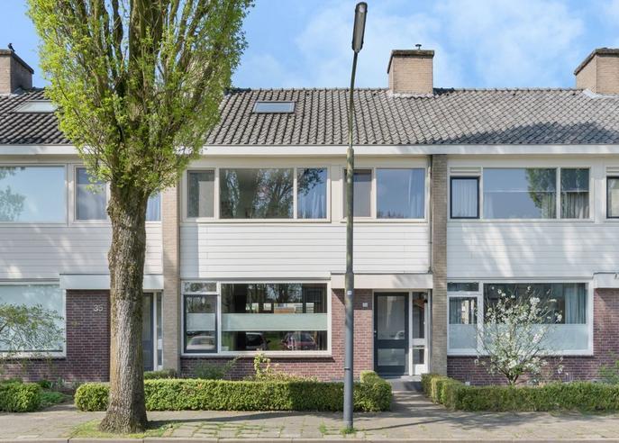 Bisschop Zwijsenplein 36 in Vught 5262 JL