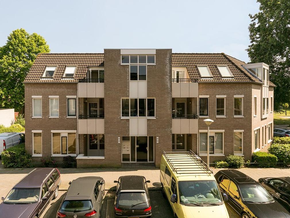 Nieuwe fellenoord 17 in eindhoven 5612 kb appartement for Makelaar eindhoven