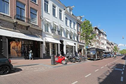 Pieter Cornelisz. Hooftstraat 66 C in Amsterdam 1071 CA