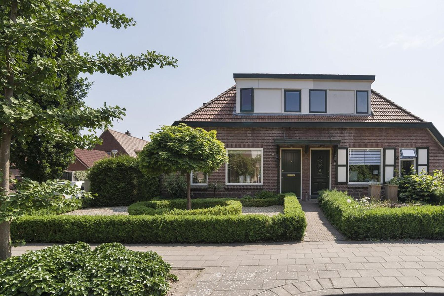 Van Limburg Stirumstraat 32 in Nijverdal 7443 CH