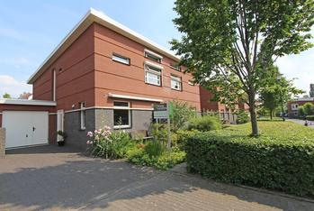 Josinahof 11 in Breukelen 3621 GC