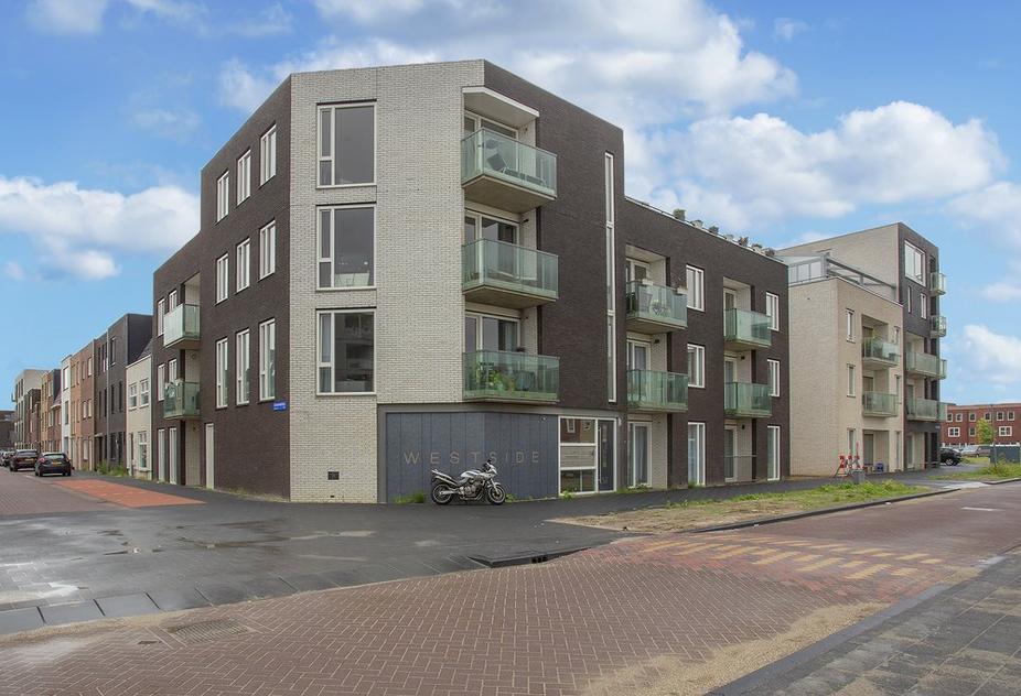 Denemarkenstraat 100 in Almere 1363 DD