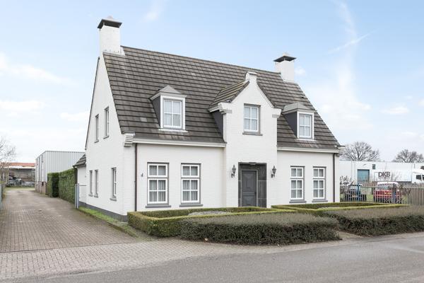 Van Schagenstraat 14 - 16 in Elshout 5154 PG