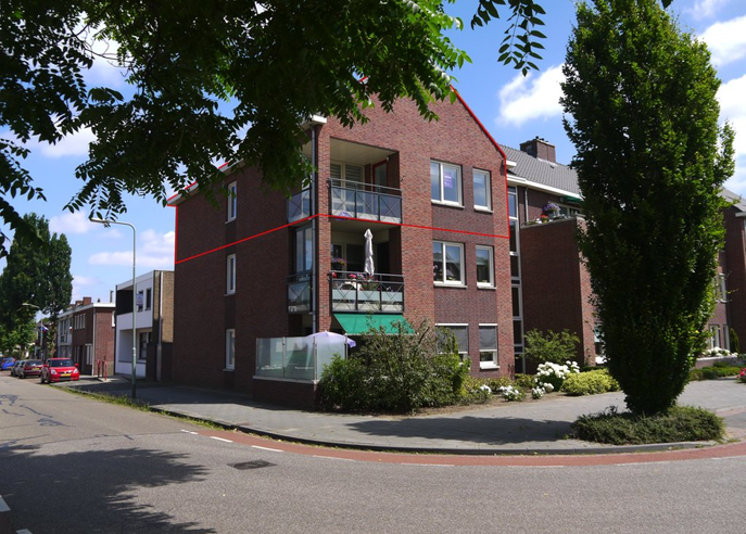 Albert Neuhuysstraat 42 in Baarlo 5991 XZ