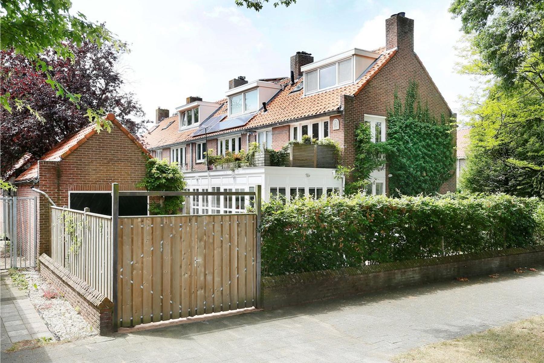 Frederik Hendriklaan 127 in 'S-Hertogenbosch 5212 BD