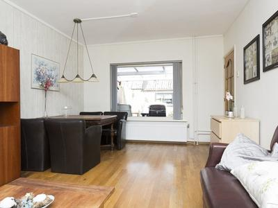 Prins Bernhardstraat 30 in Angeren 6687 AZ