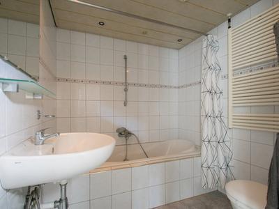 Karel Van Den Oeverstraat 42 in Heerlen 6416 TG