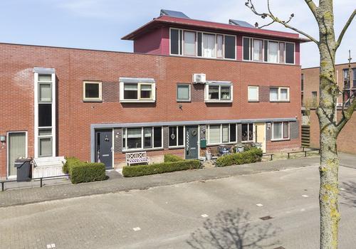 Catharijnepoort 5 in Nieuw-Vennep 2152 ET