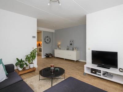 Mozartstraat 6 in Barendrecht 2992 RG