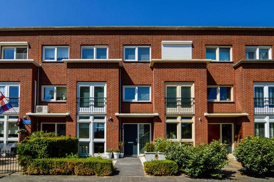 Wout Van Heusdensingel 17 in Rotterdam 3059 TD