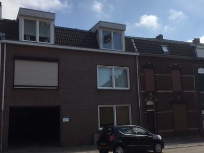 Beekhoverstraat 11 D in Geleen 6166 AA