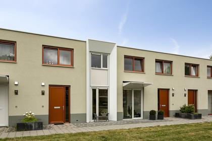 Floris Van Wevelinghovenstraat 5 in Deventer 7415 XT