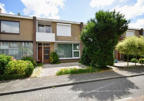 Kardinaal De Jongstraat 30 in Amstelveen 1181 MH