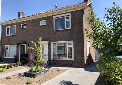 Prins Bernhardstraat 7 in Den Bommel 3258 AT