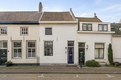 Oenselsestraat 44 A in Zaltbommel 5301 EP