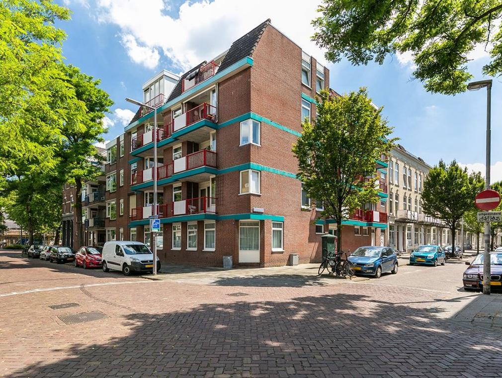 Almondestraat 251 in Rotterdam 3032 CD