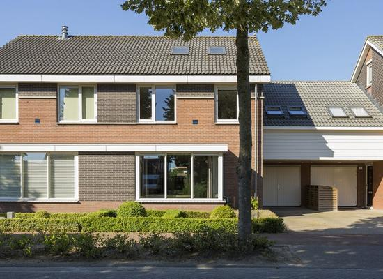 Prins Willem Alexanderstraat 13 in Waardenburg 4181 BA