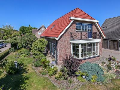 J.H. Van Den Bergstraat 2 in Bruchterveld 7695 SR
