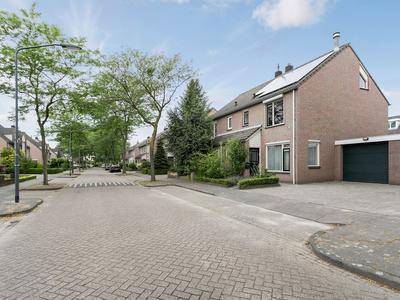 Windmolenstraat 30 in Helmond 5706 AS