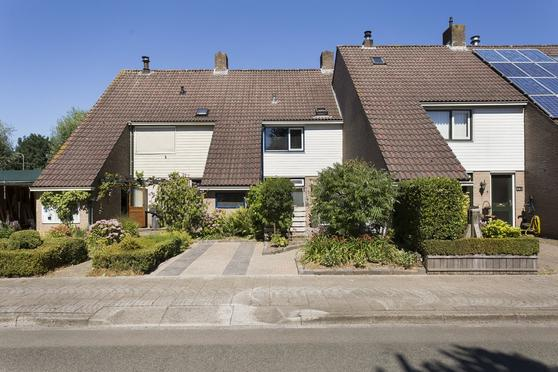 Braamkamp 562 in Zutphen 7206 JC