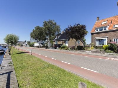 Leimuiderdijk 230 in Burgerveen 2154 MN