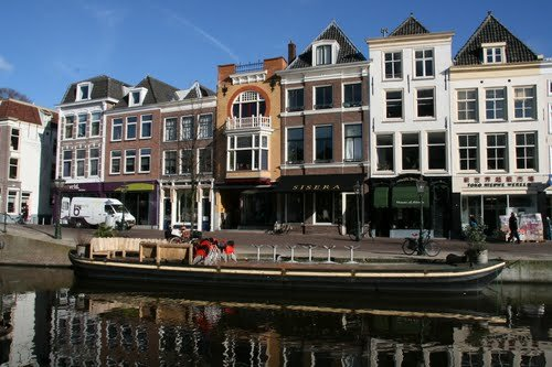 Nieuwe Rijn, Leiden