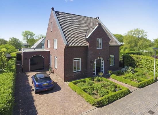 W.J. Van Der Hooftstraat 9 in Meteren 4194 WB