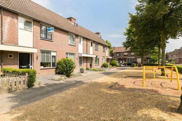 Eendrachtspolder 27 in 'S-Hertogenbosch 5235 TA