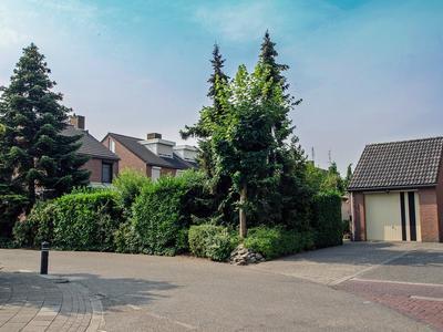 Veldstraat 65 in Stramproy 6039 EB
