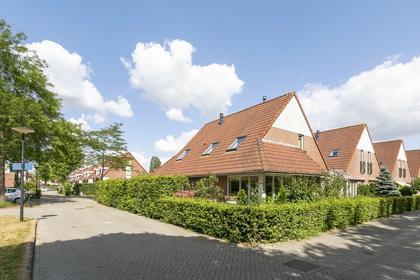 De Bazelstraat 45 in Deventer 7425 BD