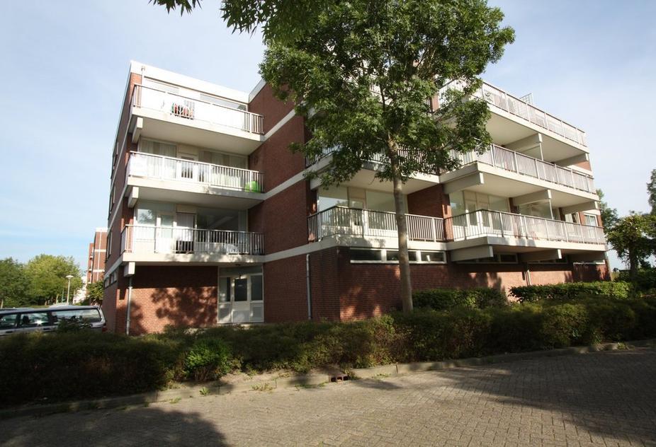 Achterwerf 284 in Almere 1357 DC