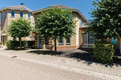Pfinztalstraat 16 in Leerdam 4143 JB