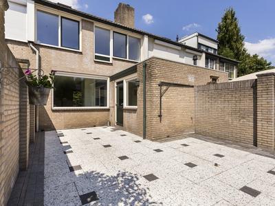 Duiventoren 113 in Oudenbosch 4731 MP