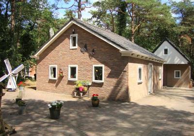 Zuursche Duinen 36 in Steenbergen 9307 PG