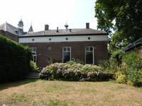 Dorpsstraat 10 in Esch 5296 LV