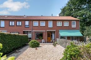Hazelaarstraat 4 in Winschoten 9674 BK