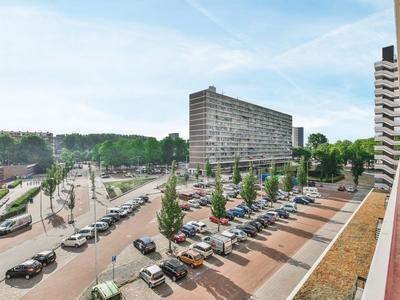 Burgemeester Hogguerstraat 505 in Amsterdam 1064 CV