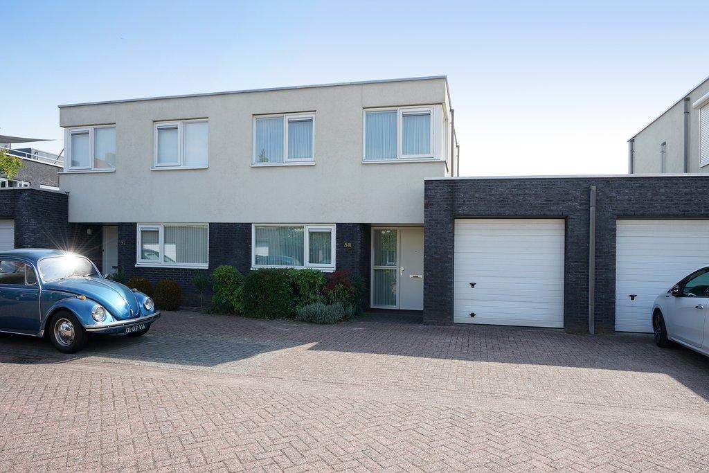 Slaapkamer Meubels Waalwijk : Frederik hendrikhof 58 in waalwijk 5141 sh: woonhuis te koop. van