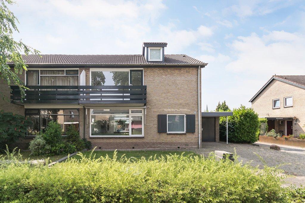 Pvc Vloeren Beuningen : Lupinestraat 15 in beuningen gld 6641 av: woonhuis. uw huismakelaar