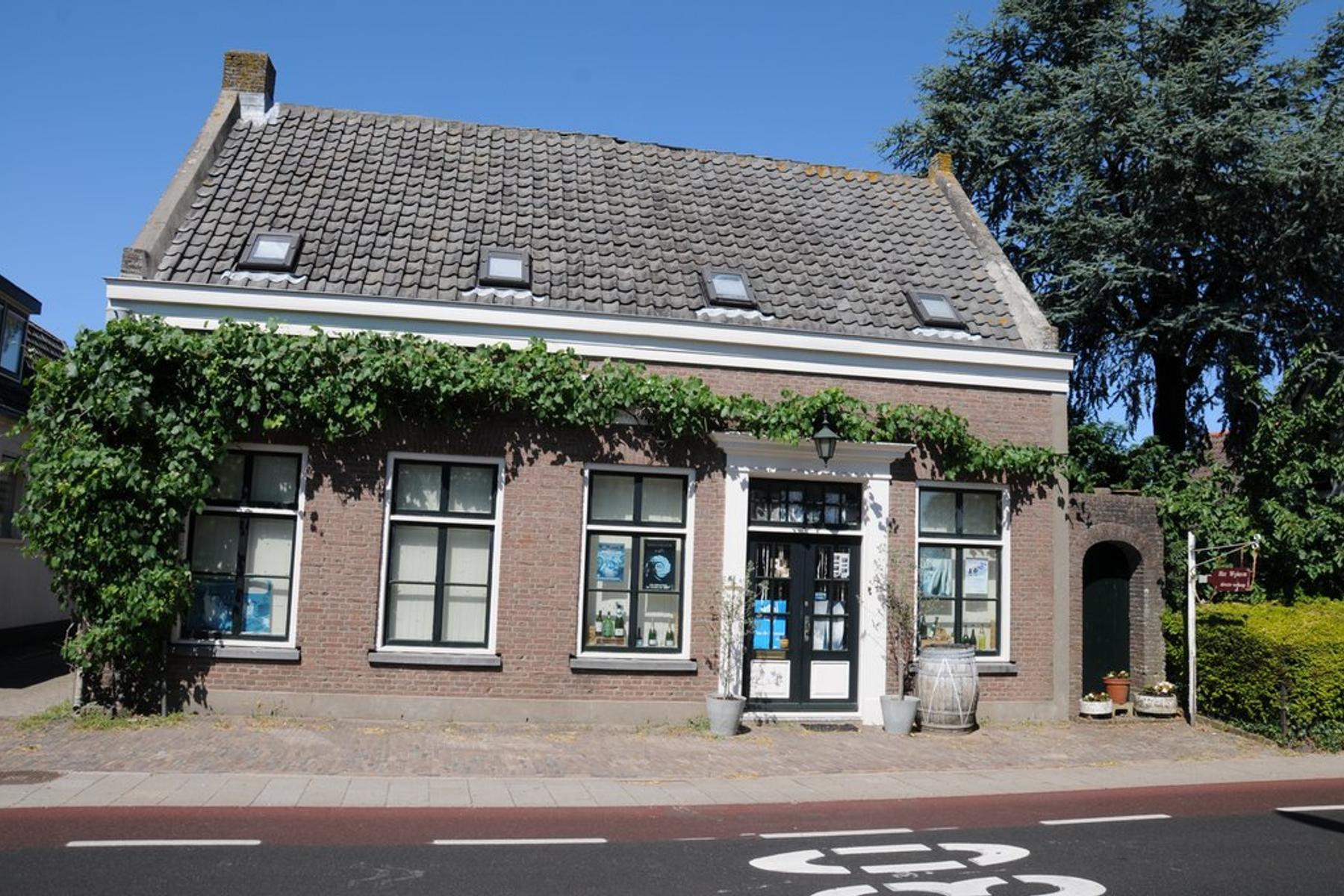 Rijksstraatweg 13 in Elst Ut 3921 AA
