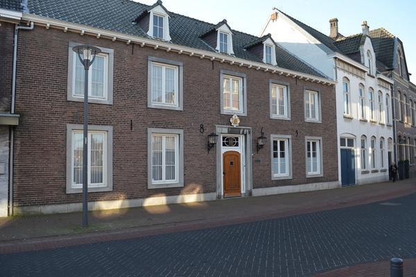 Dorpstraat 100 102 in Heythuysen 6093 ED