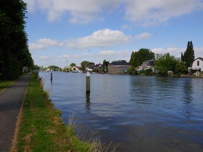 Rijndijk 276 in Hazerswoude-Rijndijk 2394 AP