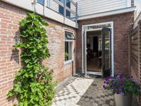 Spreeuwenstraat 1 in Leeuwarden 8916 AR